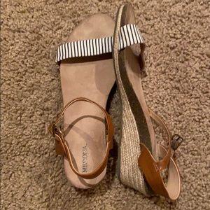 Slight heel flats. Worn once.